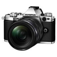 Olympus OM-D E-M5 II srebrny + obiektyw 12-40mm 1:2.8 PRO