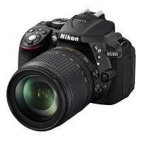 Nikon D5300 Czarny + obiektyw Nikkor AF-S 18-105mm VR