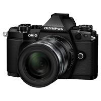Olympus OM-D E-M5 II czarny + obiektyw 12-50mm 1:3.5-6.3 EZ